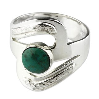 Handcrafted Sterling Silver 'Teal Embrace' Chrysocolla Ring (Peru)