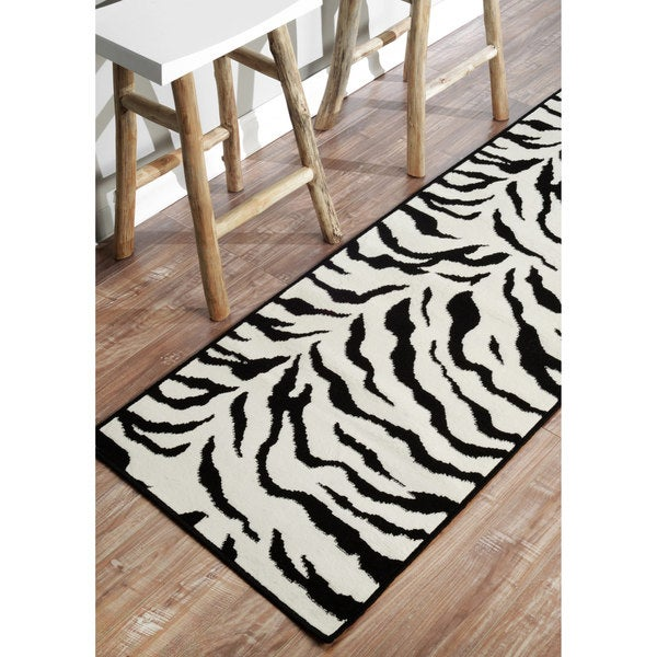 NuLOOM Zebra Animal Print Black Runner Rug (2'8 X 7'11