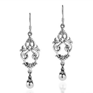 Handmade Beautiful Chandelier Celtic Knots Sterling Silver Earrings (Thailand)