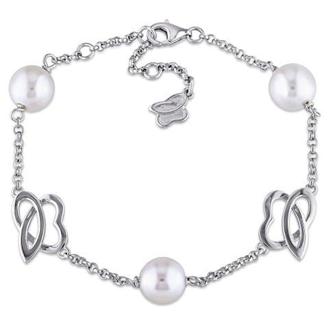 Miadora Sterling Silver Cultured Freshwater White Pearl Charm Bracelet (8-8.5 mm)