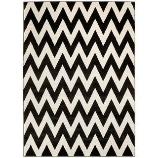 LYKE Home Hand Carved Coal Chevron Area Rug (5' x 7')