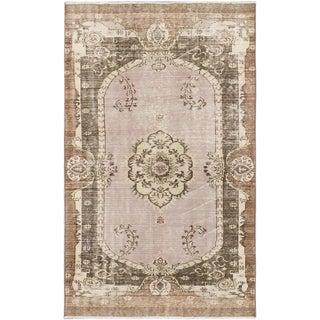 Anatolian Sunwash Dark Camel Wool Medallion Rectangular Rug (5'3 x 8'6)