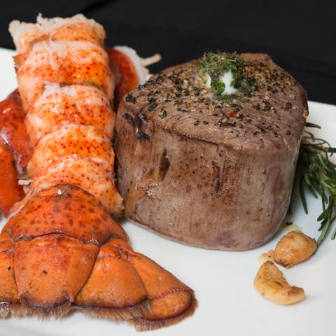 Chicago Steak Company 4 (6-oz) - Surf & Turf Filets & Lobster Tails
