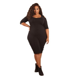Sealed with a Kiss Women's Plus Size 'Ivy' Cold Shoulder Body Con