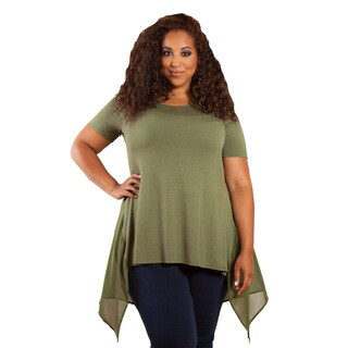 Sealed with a Kiss Women's Plus Size 'Jessa' Chiffon Top