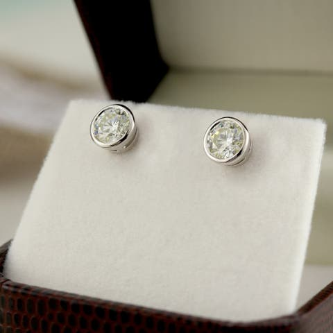 Auriya 14k Gold 0.60ctw Round Bezel-set Diamond Stud Earrings