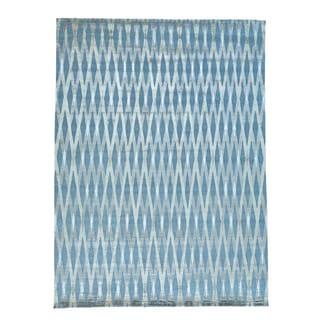 Wool and Rayon from Bamboo Silk Modern Criss Cross Design Rug (10' x 13'8)