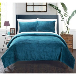 Chic Home 3-piece Marrakesh Ultra-plush Micro Mink Waffle Textured Blanket with Pillow Shams Set