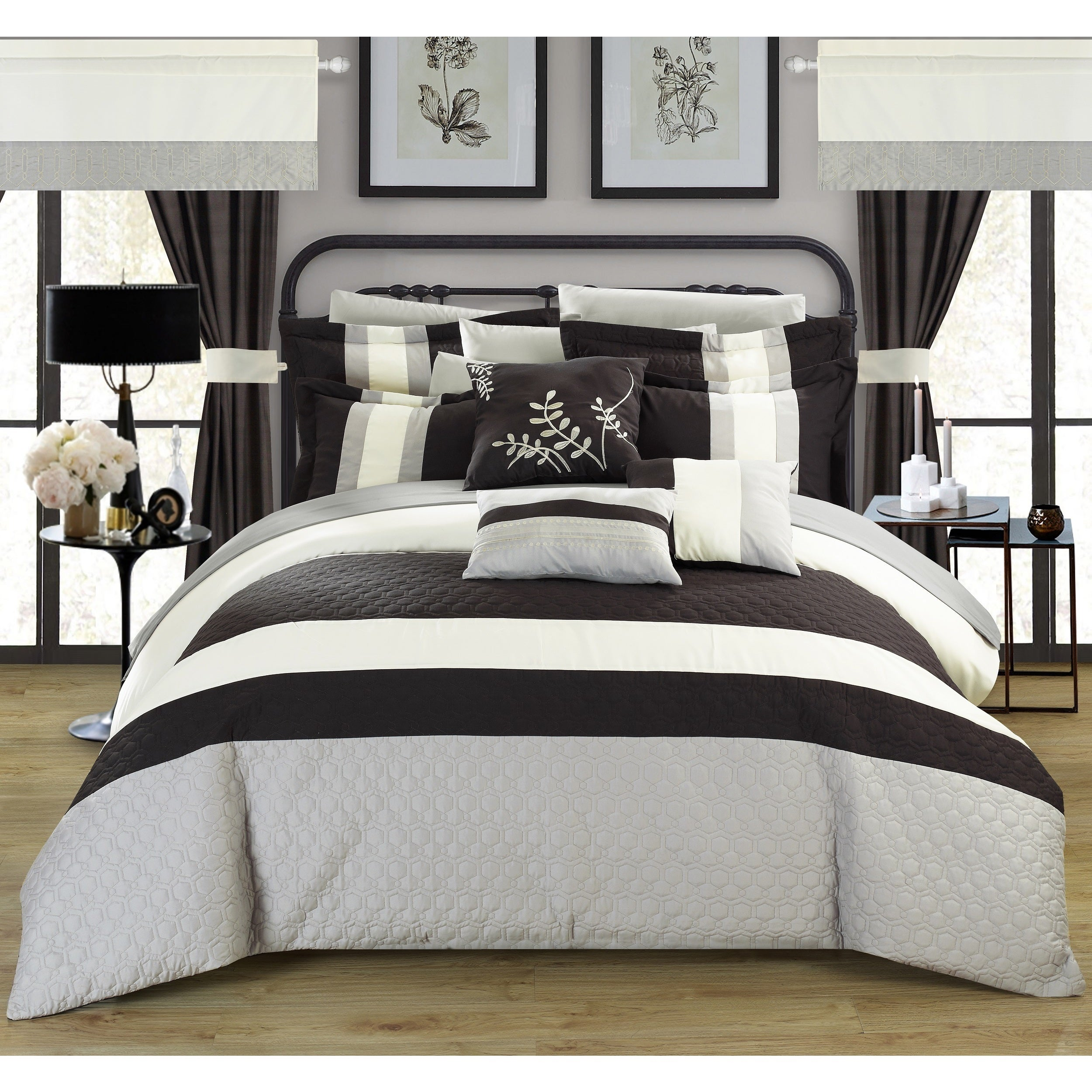 Chic Home Lorena Black 24-piece Bed in a Bag with Sheet S...