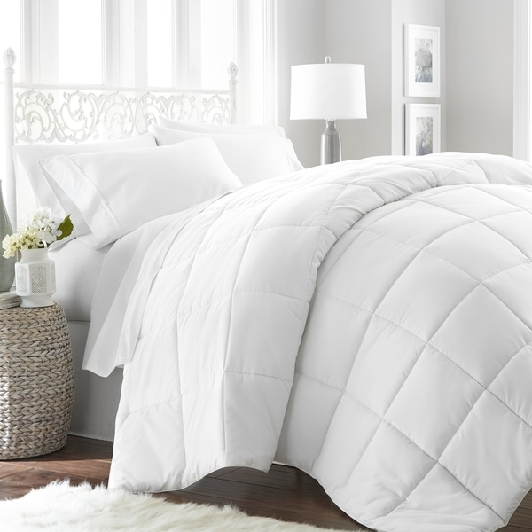 Soft Essentials Premium Ultra Soft Down Alternative Comforter