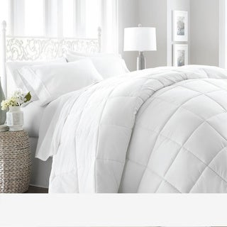 Soft Essentials Premium Ultra Soft Down Alternative Comforter (Full - Queen - White)