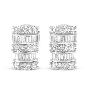 14k White Gold 1 1/4ct TDW Round and Baguette Cut Diamond Earrings (I-J,I1-I2)