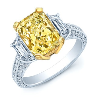 Platinum and 18k Yellow Gold 3 5/8ct Fancy Light Yellow Diamond Ring (H-I, SI1-SI2)