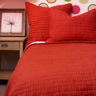 Basic Red Cotton 3-piece Quilt Set (2 options available)