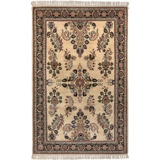 Safavieh One of a Kind Collection Hand-Knotted Indo Sarouk Wool Rug (6' x 9')