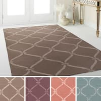 Hand-Woven Abington Indoor Area Rug - 9' x 13'