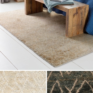 Hand-Knotted Baton Rouge Indoor Rug (5' x 8')
