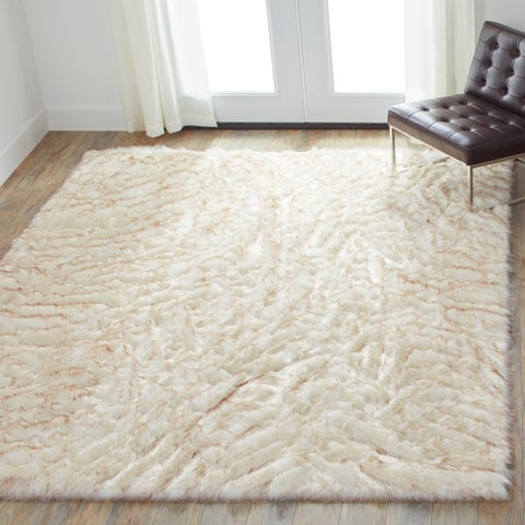 Silver Orchid Martin Faux Fur Ivory/ Beige Shag Area Rug - 5' x 7'6""