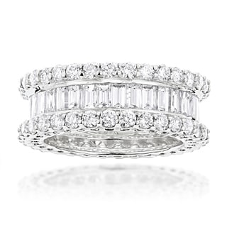 Luxurman 18k Gold 5 3/4ct TDW Diamond Eternity Band (F-G, VS1-VS2)