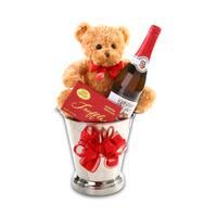 Alder Creek Toasting Love Gift Basket