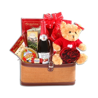 Alder Creek Romantic Picnic For Two Gift Basket