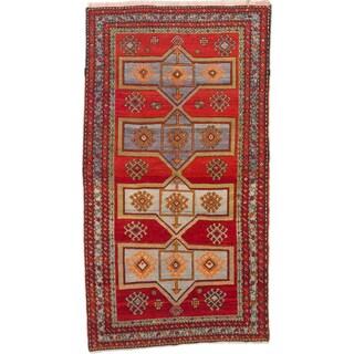 ecarpetgallery Caucasus Shirvan Red Wool Rug (4'3 x 7'8)