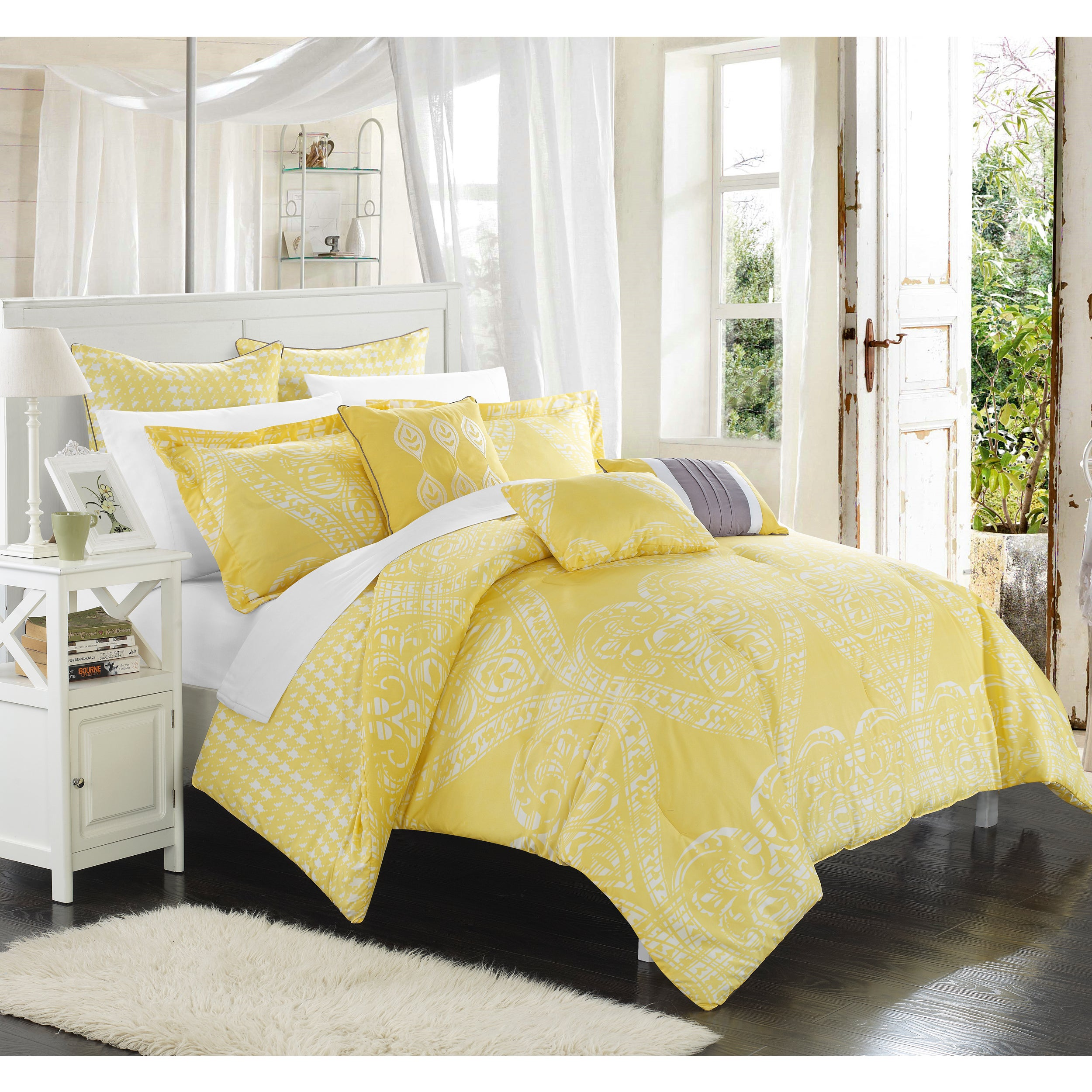 Shop Chic Home Perugia Yellow Oversized Reversible 8-piece