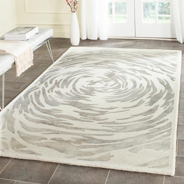 Safavieh Handmade Bella Ivory/ Grey Wool Rug - 6' x 9'