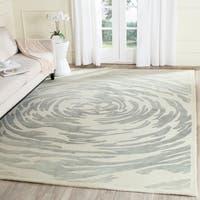 Safavieh Handmade Bella Ivory/ Grey Wool Rug - 8' x 10'