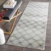 Safavieh Adirondack Vintage Lattice Silver/ Charcoal Runner Rug