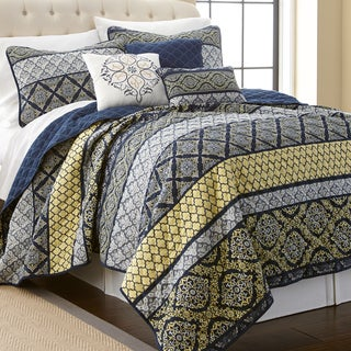 Amrapur Overseas Carrie Blue/ Yellow Multi-printed Reversible 6-piece Quilt Set