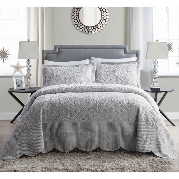 VCNY Westland Plush Quilted 3-Piece Bedspread Set - Free Shipping ... : quilted bedspread sets - Adamdwight.com