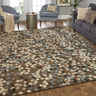 Neutral Dot Pattern Area Rug (8' x 10')