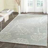 Safavieh Handmade Bella Tressa Modern Floral Wool Rug