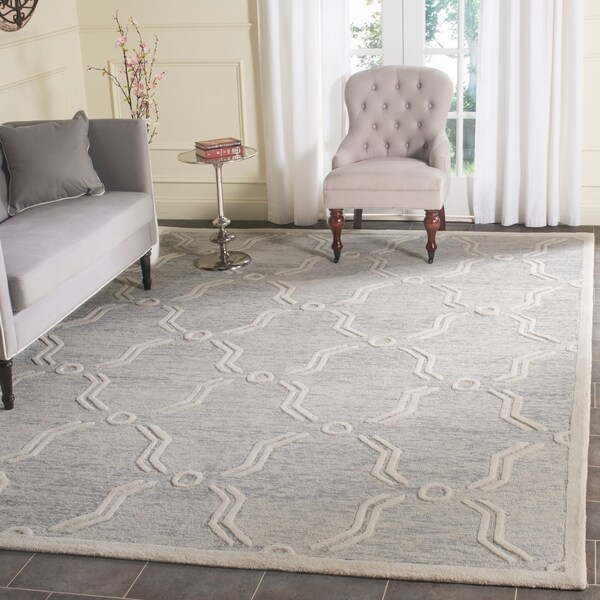 Safavieh Handmade Cambridge Light Grey/ Ivory Wool Rug - 8' x 10'