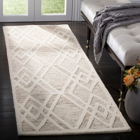 Safavieh Handmade Cambridge Modern Light Taupe/ Ivory Wool Rug - 8' x 10'