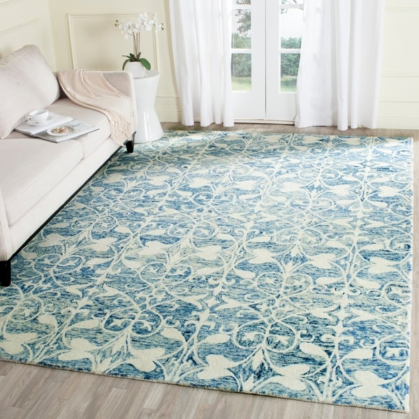 Safavieh Handmade Chatham Dark Blue/ Ivory Wool Rug - 8' x 10'
