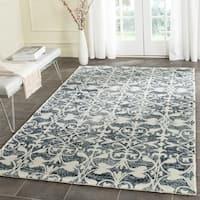Safavieh Handmade Chatham Charcoal/ Ivory Wool Rug (5' Square)