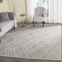 Safavieh Handmade Cambridge Modern Grey/ Ivory Wool Rug - 6' Square