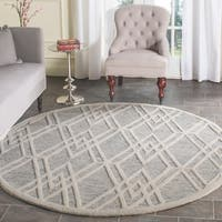 Safavieh Handmade Cambridge Modern Grey/ Ivory Wool Rug - 6' Round