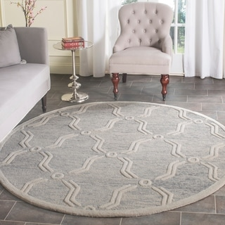 Safavieh Handmade Cambridge Light Grey/ Ivory Wool Rug (6' Round)