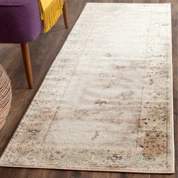 "Safavieh Vintage Oriental Light Grey/ Ivory Distressed Rug - 2'2"" x 7'2"""
