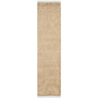Safavieh Hand-knotted Tibetan Geometric Sage/ Tan Wool Rug (2'6 x 12')