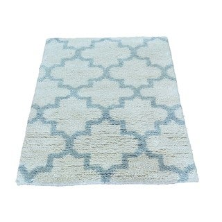 Thick and Plush Moroccan Berber Ivory Oriental Handmade Rug (2'1 x 3')