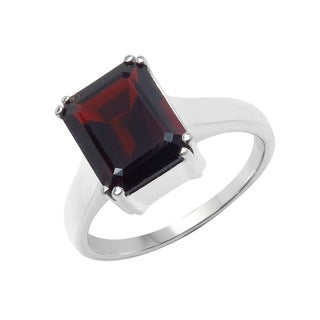 Sterling Silver 4 1/10ct TGW Garnet Solitaire Ring