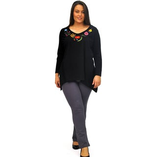 La Cera Women's Plus Size Floral Embroidery V-Neck Top