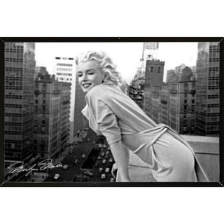 Marilyn Monroe Balcony Wall Plaque (36 x 24)
