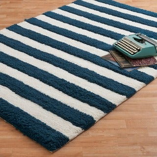 Hand-tufted Riley Navy/ White Striped Shag Rug (3'0 x 5'0)