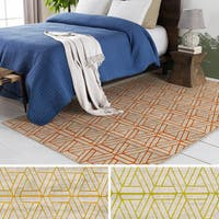 Clay Alder Home Lions Modern Triangle Shape Design Area Rug (7'6 x 10'6)
