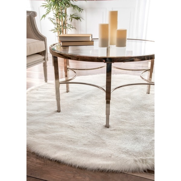 Silver Orchid Russell Cozy Soft and Plush Faux Sheepskin Shag White Rug - 5'